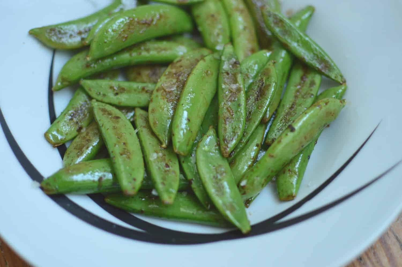 Sugarsnap Peas with Cayenne Pepper & Lemon
