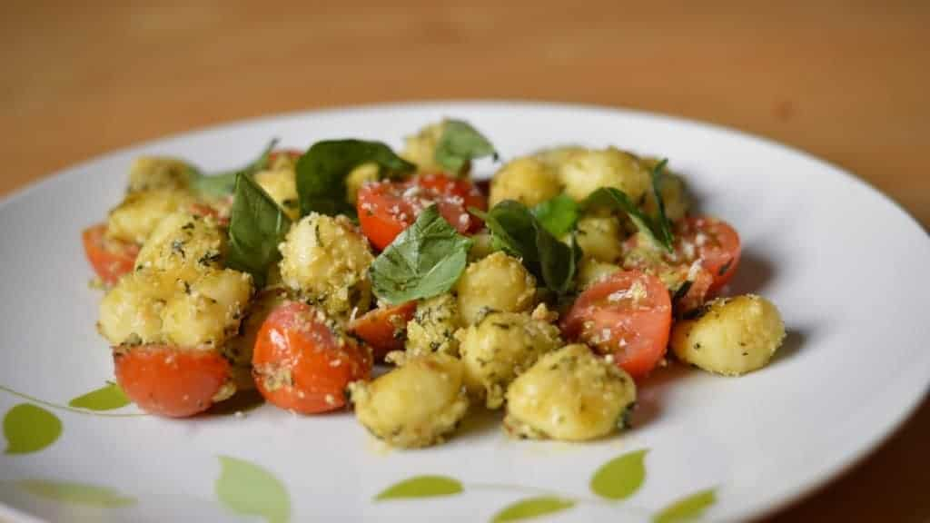 pesto and tomato gnocchi